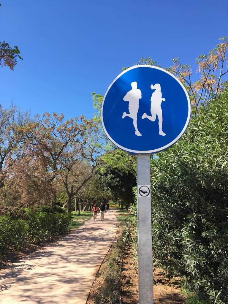 Valencia Running Path Sign